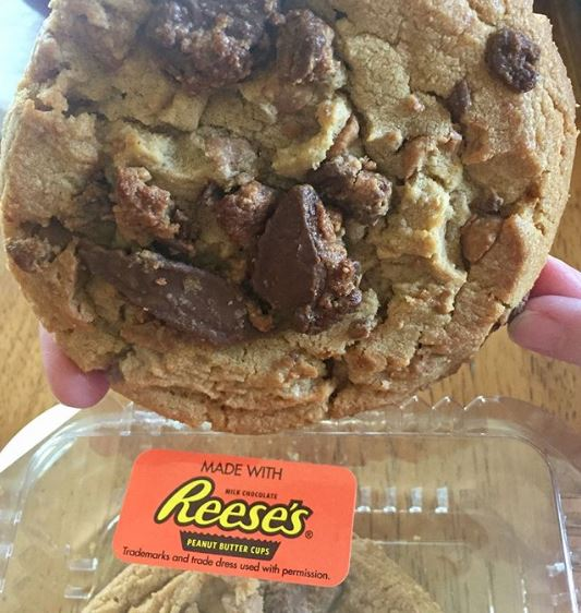 Reeses Peanut Butter Cup Jumbo Cookies