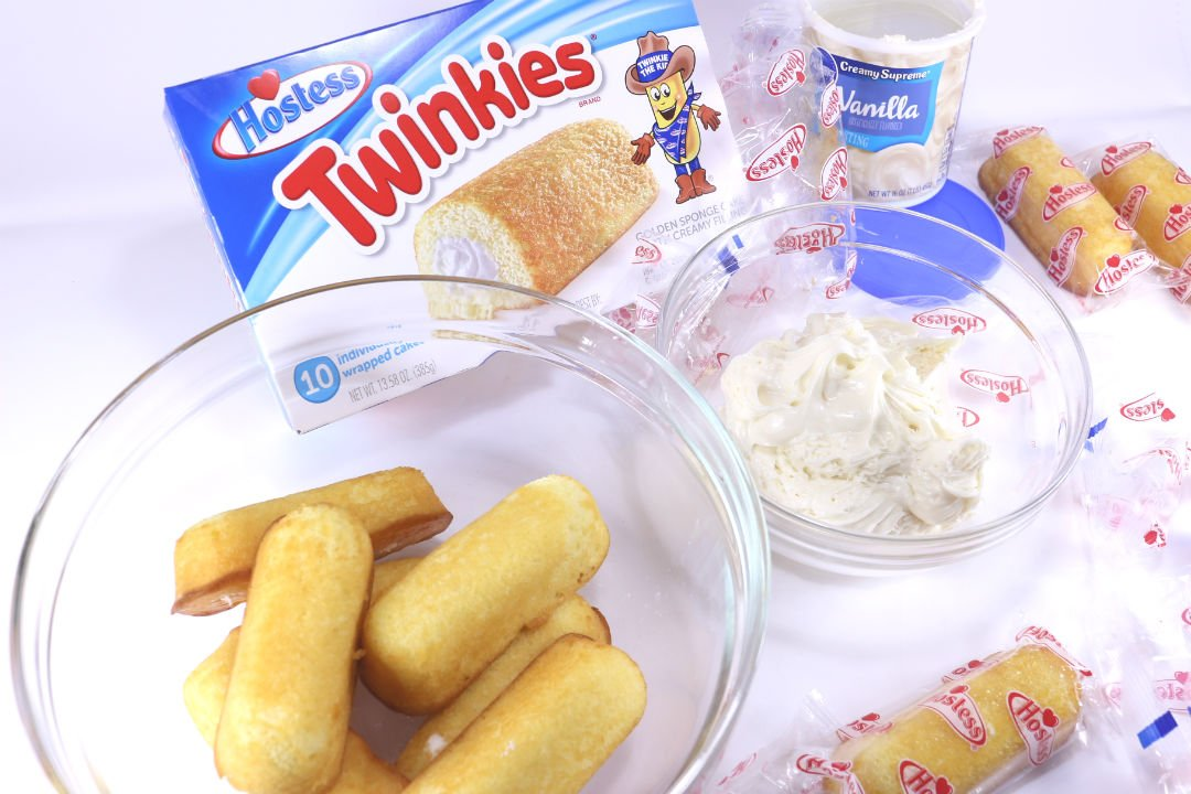Learn how to make this quick, easy and delicious Hostess Twinkie Truffle recipe! Three ingredients, 15 minutes and a sweet tooth are all you need for this no-bake treat.