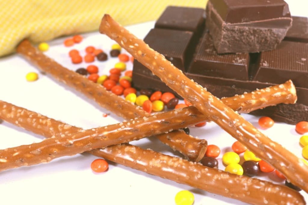 Reeses Chocolate Dipped Pretzel Rod Ingredients