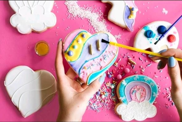 Color My Cookie Custom Decorating Kit Hearts