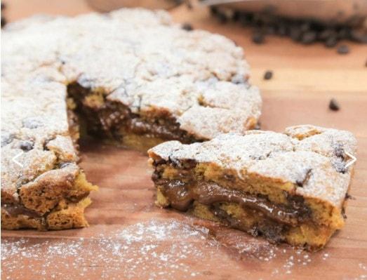 Carlo's Bakery Jumbo Chocolate Chip Cookie Cake