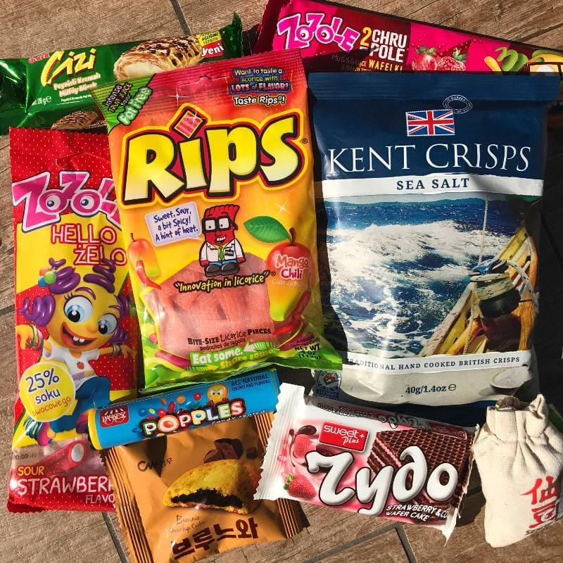 MunchPak International Snacks