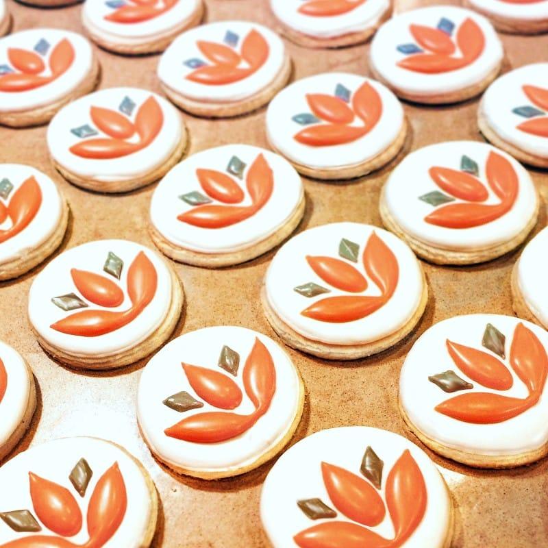 Custom Logo Cookie Option